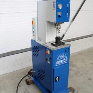hydraulic-punch-machine front view