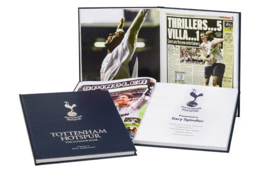 Spurs Ultimate Book Standing2 UK ONLY